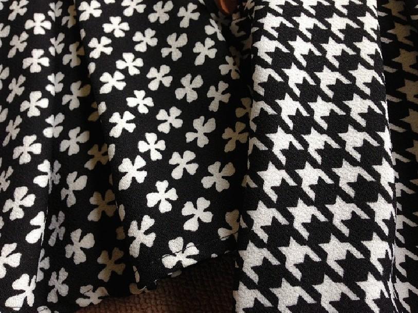 时尚经典黑白花纹大气百褶半身裙-来自蘑菇街优店