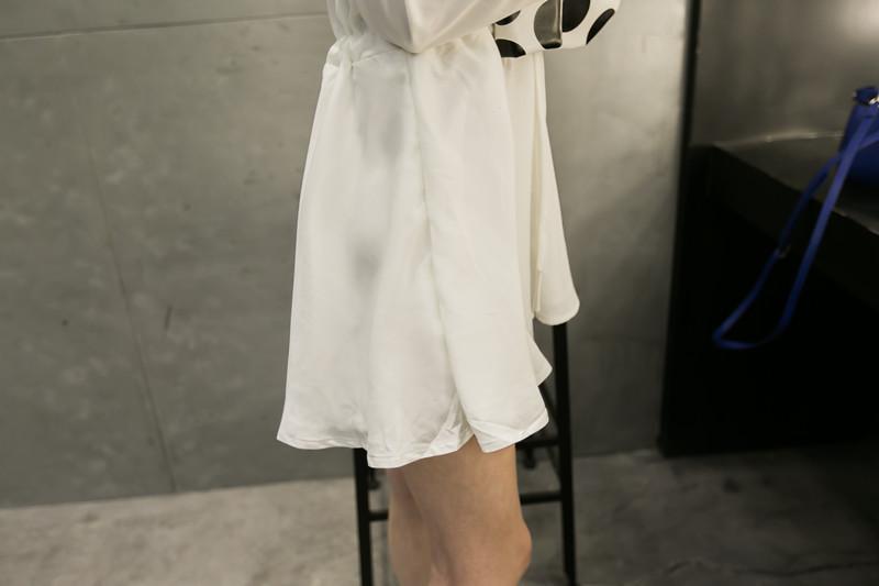 花边气质简约连衣裙