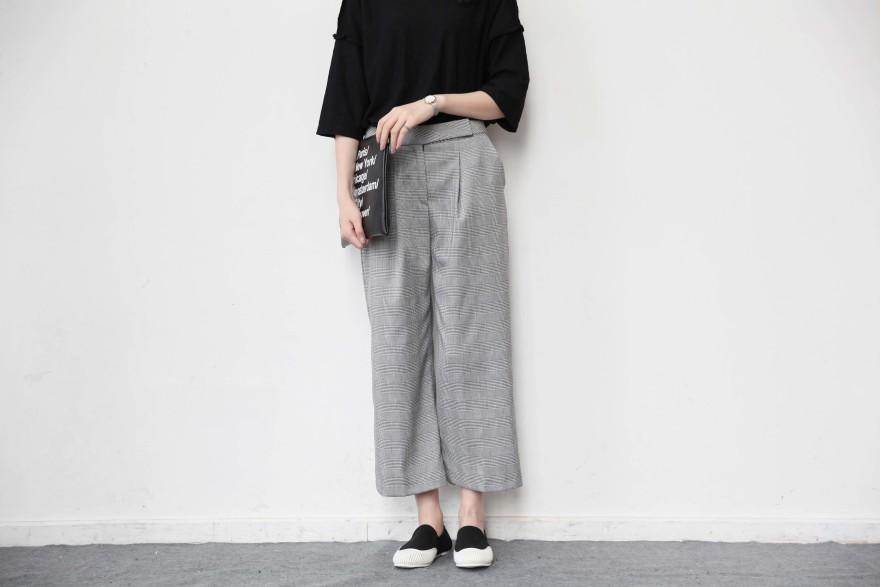 韩版格纹阔腿裤