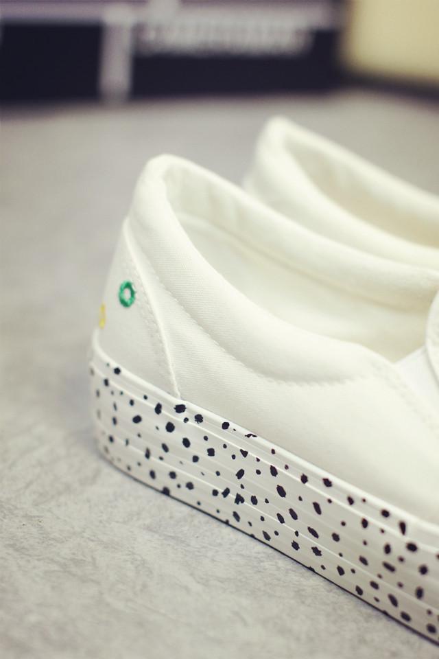 夏季青春白色圆圈帆布鞋