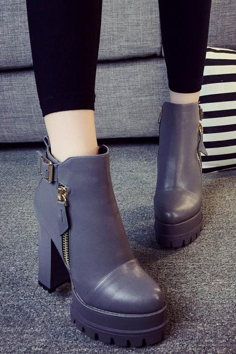 短靴,粗跟鞋,高跟鞋,高跟靴,防水台,圆头鞋,及踝靴