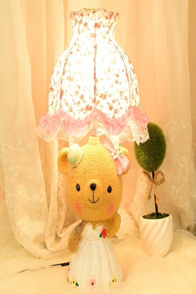 【小熊儿童台灯卧室可爱创意卡通床头灯调光温馨装饰
