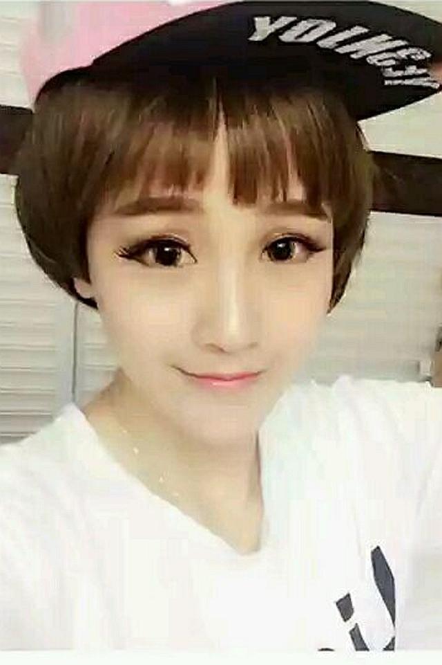 韩国高温丝齐刘海蘑菇头短发直发帅气可爱女仿真全头套假发套图片