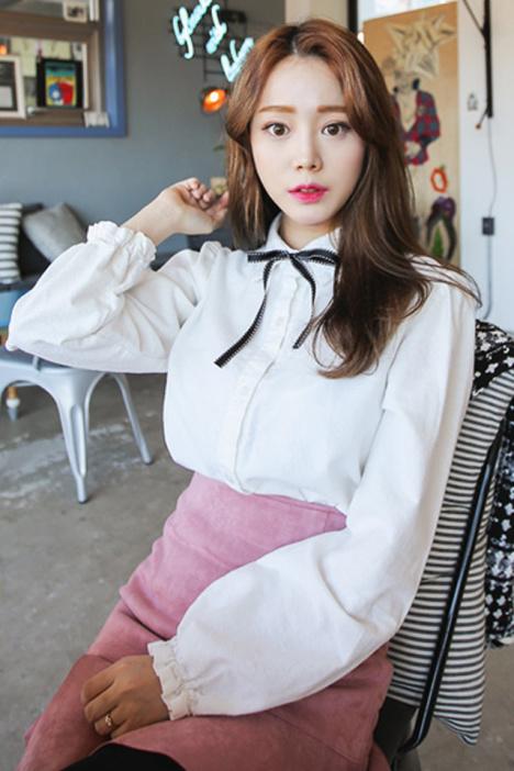 【方领丝带系蝴蝶结衬衣】-衣服-服饰鞋包