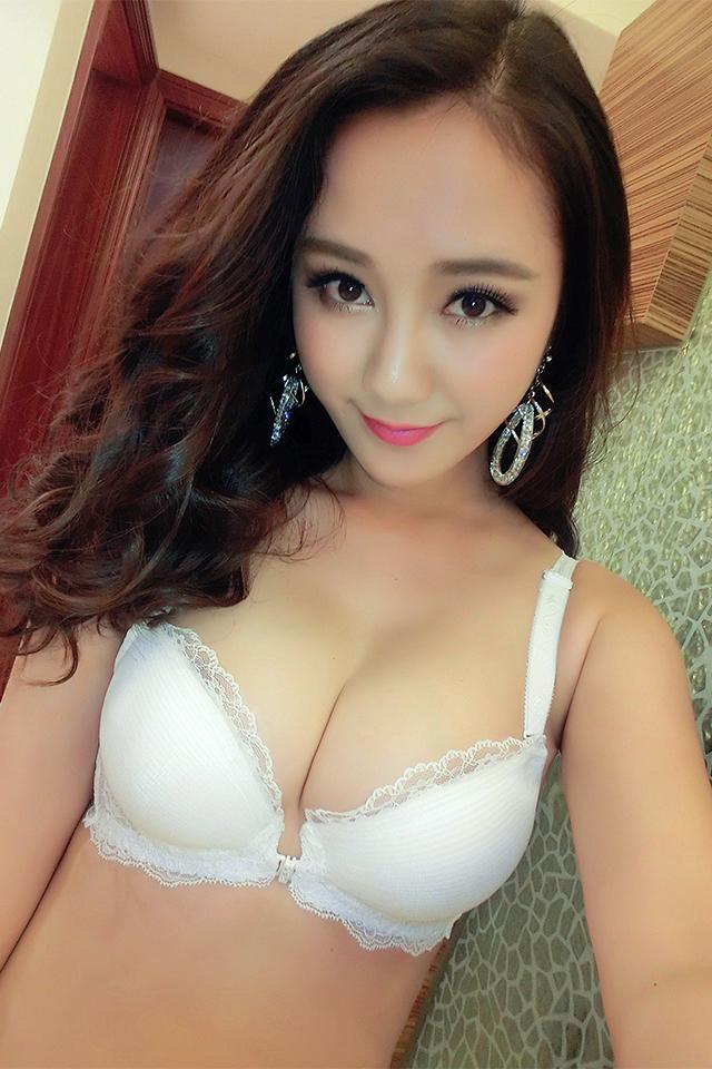 【白色前扣内衣性感黑色蕾丝花边聚拢文胸套装】