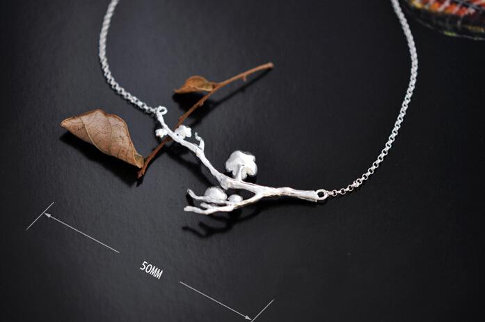 梅花纹身锁骨对称图片展示