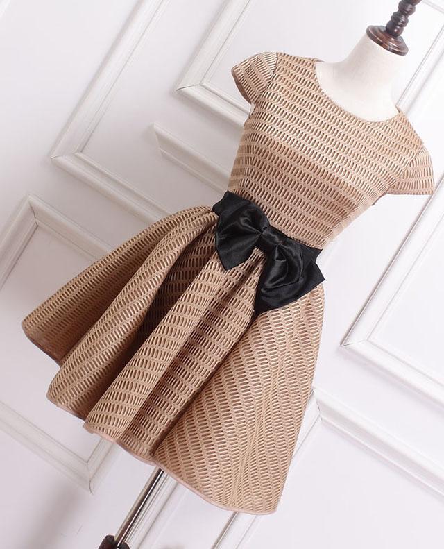 【优雅气质蝴蝶结蓬蓬小礼服】-衣服-连衣裙