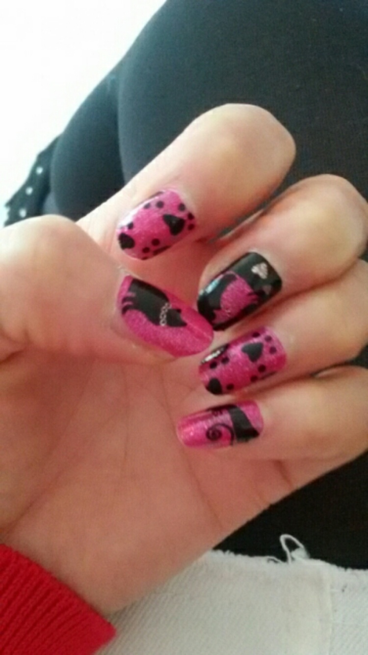 【【满15元包邮】假指甲贴纸美甲可爱手指甲防水蝴蝶